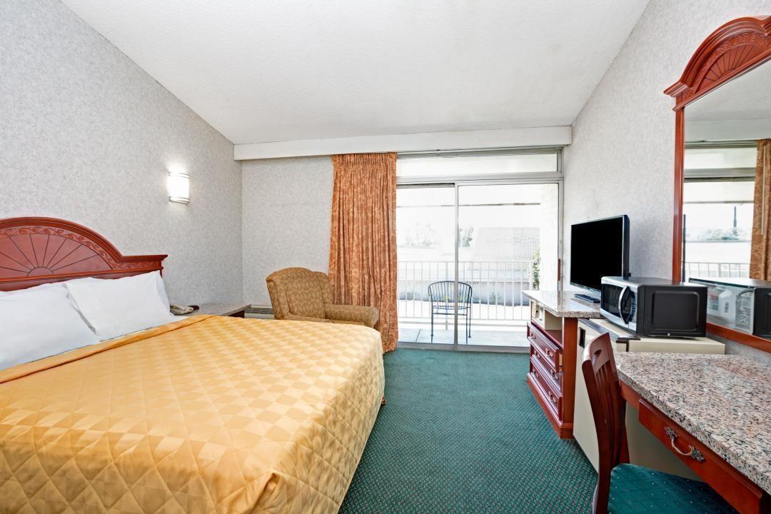 knights inn claremont ca california stay book hotel