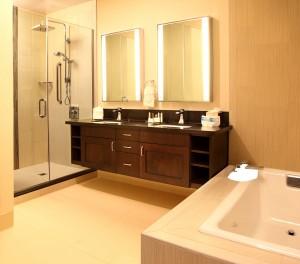 DoubleTree by Hilton Claremont CA bathroom