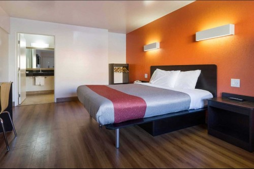 motel 6 claremont ca california stay book hotel