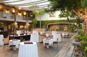 Doubletree by Hilton Claremont courtyard